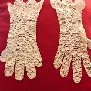 40's White Crocheted Gloves, Wedding, Lawn Party
